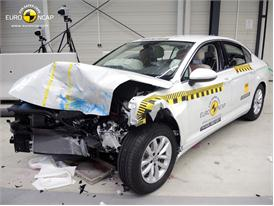 Volkswagen Passat - Frontal crash test 2014 - after crash