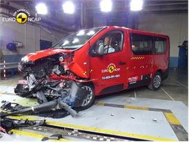 Renault Trafic - Frontal Offset Impact test 2015 - after crash