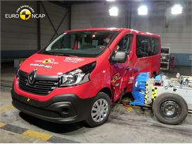 Renault Trafic  - Side crash test 2015 - after crash