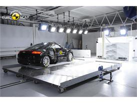 Audi TT  - Pole crash test 2015 - after crash