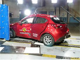 Mazda 2 - Pole crash test 2015 - after crash