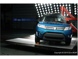 Suzuki Vitara - Pole crash test 2015