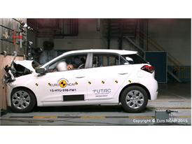 Hyundai i20 - Frontal Full Width test 2015
