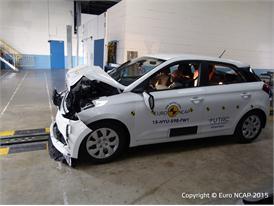 Hyundai i20 - Frontal Full Width test 2015 - after crash