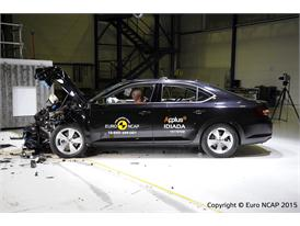 Skoda Superb - Frontal Offset Impact test 2015 - after crash