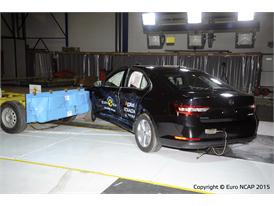 Skoda Superb  - Side crash test 2015