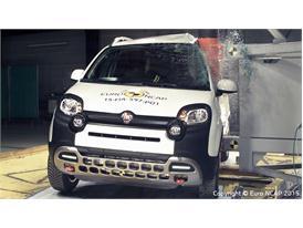 FIAT Panda Cross  - Pole crash test 2015