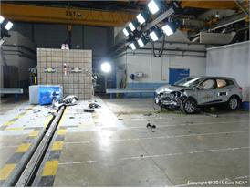 Renault Kadjar - Frontal Offset Impact test 2015 - after crash