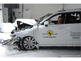 Volvo XC90 - Frontal Offset Impact test 2015 - after crash