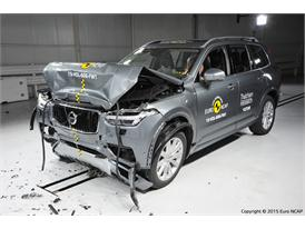 Volvo XC90 - Frontal Full Width test 2015 - after crash