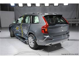 Volvo XC90  - Side crash test 2015