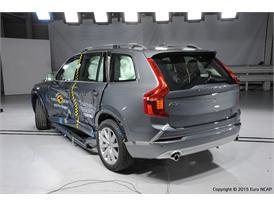 Volvo XC90  - Side crash test 2015