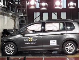 VW Touran - Frontal Full Width test 2015