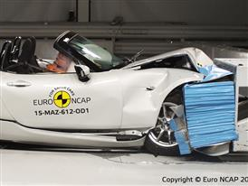 Mazda MX-5  - Frontal Offset Impact test 2015
