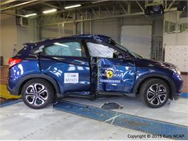 Honda HR-V - Pole crash test 2015 - after crash