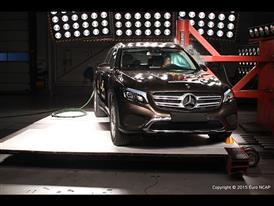 Mercedes-Benz GLC  - Pole crash test 2015