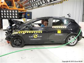 Opel-Vauxhall Astra - Frontal Offset Impact test 2015 - after crash