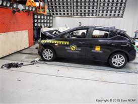 Opel-Vauxhall Astra - Frontal Full Width test 2015 - after crash