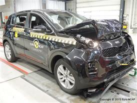 Kia Sportage - Frontal Full Width test 2015 - after crash