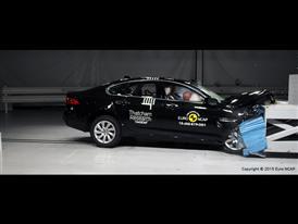 Jaguar XF  - Frontal Offset Impact test 2015