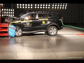 Kia Sportage  - Frontal Offset Impact test 2015