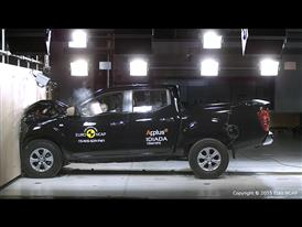 Nissan NP300 Navara- Frontal Full Width test 2015