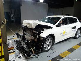 Infiniti Q30- Frontal Full Width test 2015 - after crash