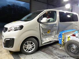 Peugeot Traveller  - Side crash test 2015 - after crash