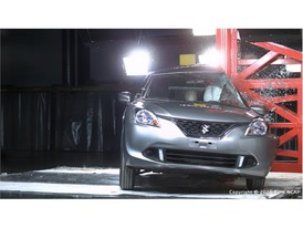 Suzuki Baleno - Pole crash test 2016