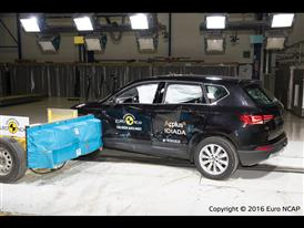 Seat Ateca - Side crash test 2016 - after crash