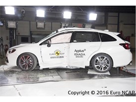 Subaru Levorg - Pole crash test 2016 - after crash