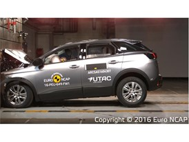 Peugeot 3008 - Frontal Full Width test 2016