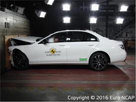 Mercedes-Benz E-Class - Frontal Full Width test 2016