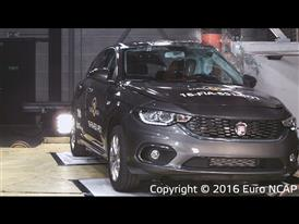 Fiat Tipo - Pole crash test 2016