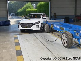Hyundai Ioniq  - Side crash test 2016 - after crash