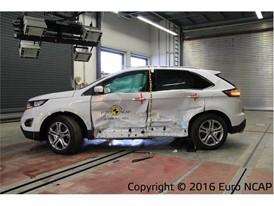 Ford Edge  - Side crash test 2016 - after crash