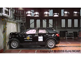 Audi Q2 - Frontal Full Width test 2016