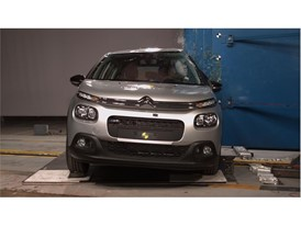 Citroën C3 - Pole crash test 2017