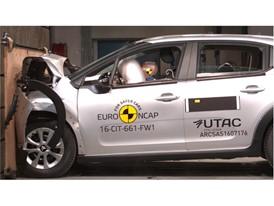 Citroën C3 - Frontal Full Width test 2017