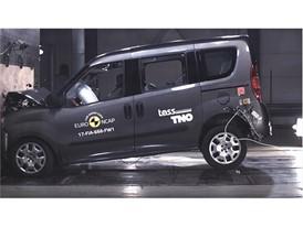 Fiat Doblo - Frontal Full Width test 2017
