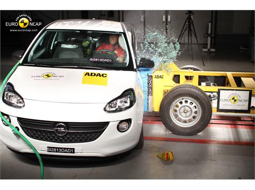Opel/Vauxhall Adam -Side crash test 2013