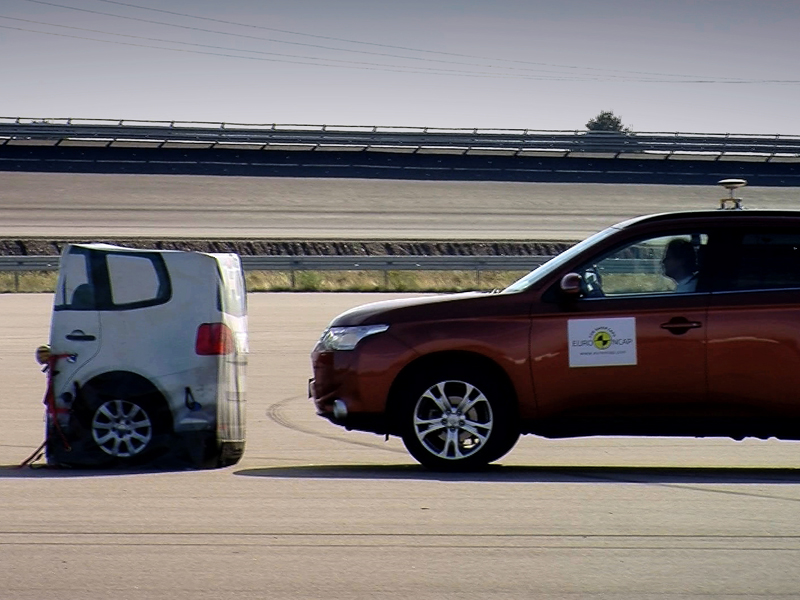 'AEB Teaser' by Euro NCAP AEB test