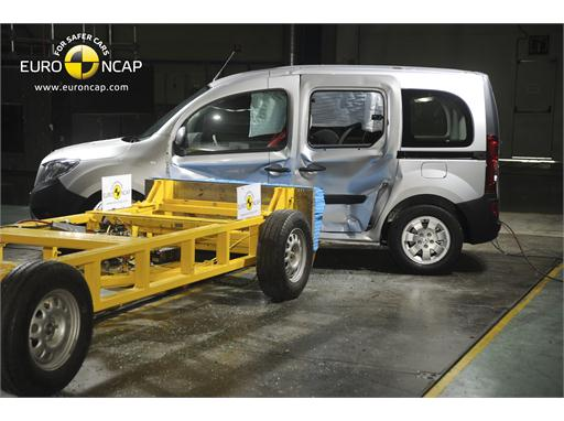 Mercedes-Benz CITAN Kombi reassessment -Side crash test 2013 - after crash