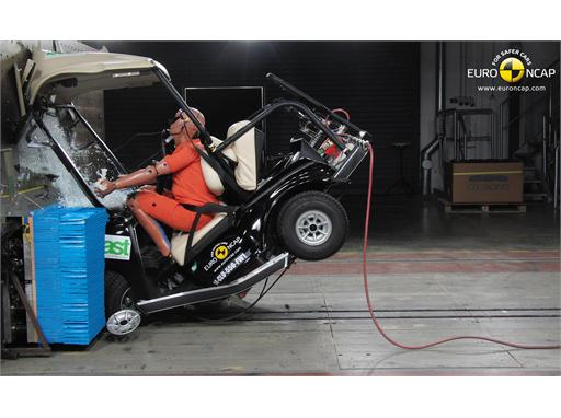Club Car Villager 2+2 LSV  Frontal crash test 2014