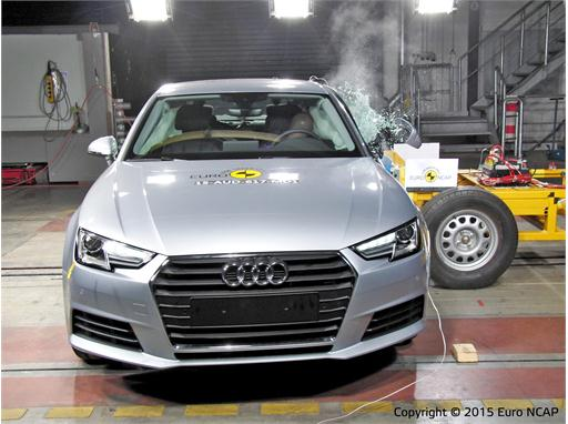 Audi A4 - Side crash test 2015