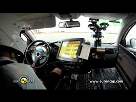 Qoros 3 Sedan  - ESC Test 2013