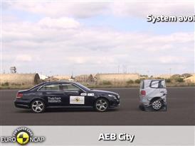 Mercedes-Benz E Class - AEB Tests 2013