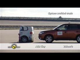 Mitsubishi Outlander - AEB Tests 2013