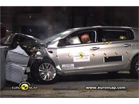 Peugeot 308 - Crash Tests 2013