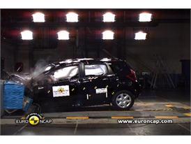 Nissan Note - Crash Tests 2013